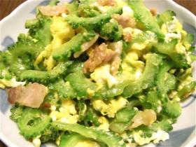 ゴーヤと豚と卵の炒め物