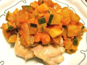 鶏肉の野菜ソースかけ